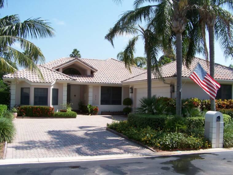 Jupiter Florida roof cleaning / Jupiter Florida pressure ...